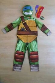 TEENAGE MUTANT NINJA TURTLES COSTUME AGE 5-6