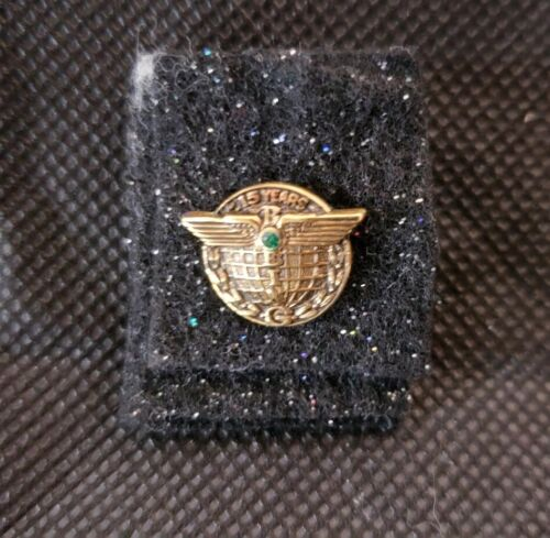 Boeing Aircraft 15 Year Employee Service Pin 10K Gold Filled Excellent Condition