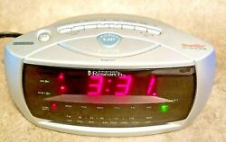 Emerson Research SmartSet Dual Auto Setting AM/FM Radio Alarm Clock CKS3029