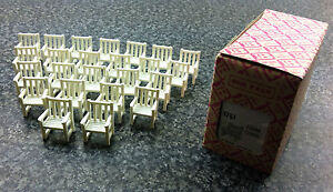 BRITAINS NUMBER 1751 BOXED TRADE PACK OF 24 PLASTIC FARM CHAIRS