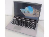 "SAMSUNG 550P7C laptop 17.3"""