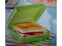 Tupperware Sandwich box brad new!