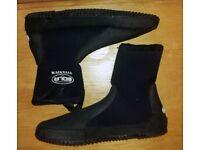 Sola titanium wetsuit shoes UK size 9 canoeing kayak water sports etc £20