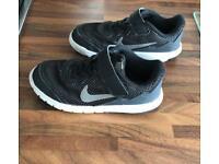 Kids Nike trainer. Size 10.