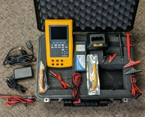 Fluke 743 Documenting Process Calibrator DPC, Good Condition