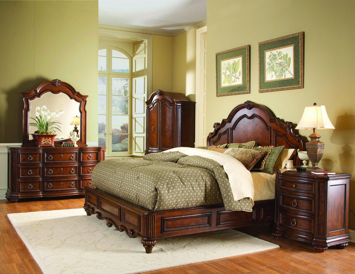 Prenzo Traditional Design Low Profile Bedroom Furniture Set