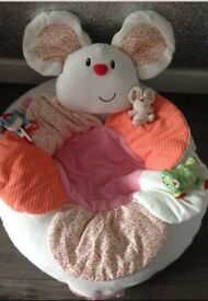 ELC sit me up cosy (nibbles the mouse)