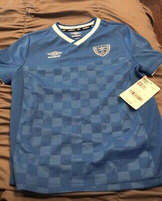 c157f6efac6 NEW Umbro Boys Small (6 7) Soccer Short Sleeve Shirt - Blue
