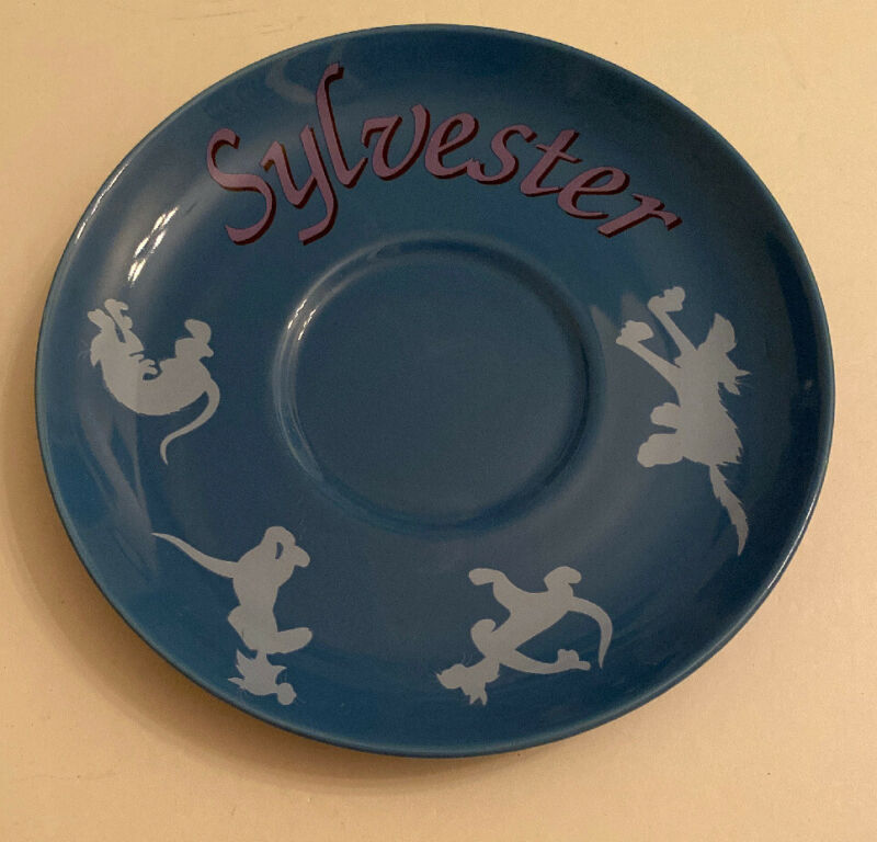 SIX FLAGS LOONEY TUNES WARNER BROS. ENTERTAINMENT SYLVESTER PLATE SAUCER