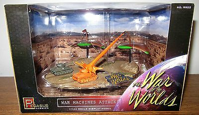 Pegasus '53 War of the Worlds War Machines Attack factory built model 1/144