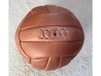 FOOTBALL LEATHER RETRO STYLE