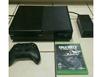 Xbox one 500gb console + game