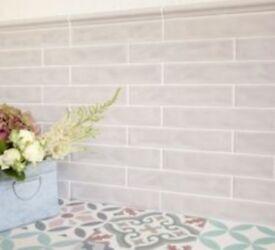 Amadis Boston Wall Tiles 2.5 sq meters in turtle dove/light grey crackle