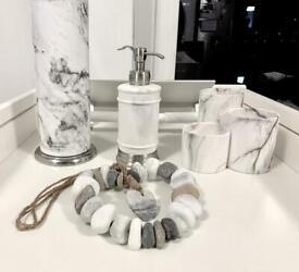 Toilet & Bathroom Accessories Set