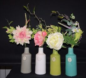 Set of 4 Small Porcelain Bottle Vases in 4 Colours supplied with Flowers