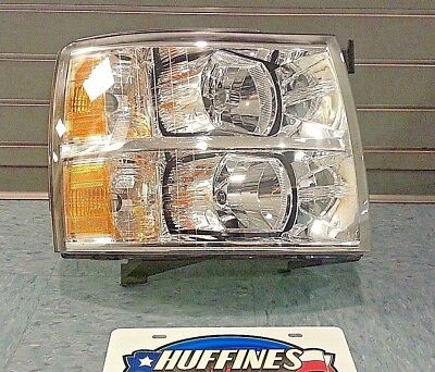 New OEM RH Headlamp - 2007-2014 Chevrolet Silverado 22853028