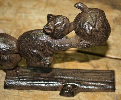 Cast Iron Antique Style SQUIRREL Acorn Door Knocker Nut Cracker Man Cave Garden