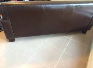 leather sofa Middleton Grange Liverpool Area Preview