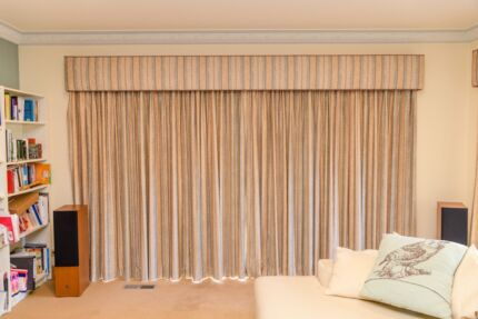 Thermal-lined top quality curtains with pelmets