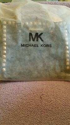 MK does not make cheap dustbags like this - they should be sateen