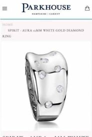 Chunky White gold and diamond ring