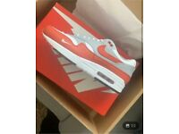 Air max 1 LV8 brand new with box and papers size 8