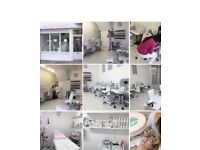 NAIL TECHNICIANS & BEAUTICIANS wanted (full time & part time)