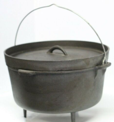 Cast Iron Cauldron Three Footed Fire Pit Pot Kettle With Handle and Lid Large