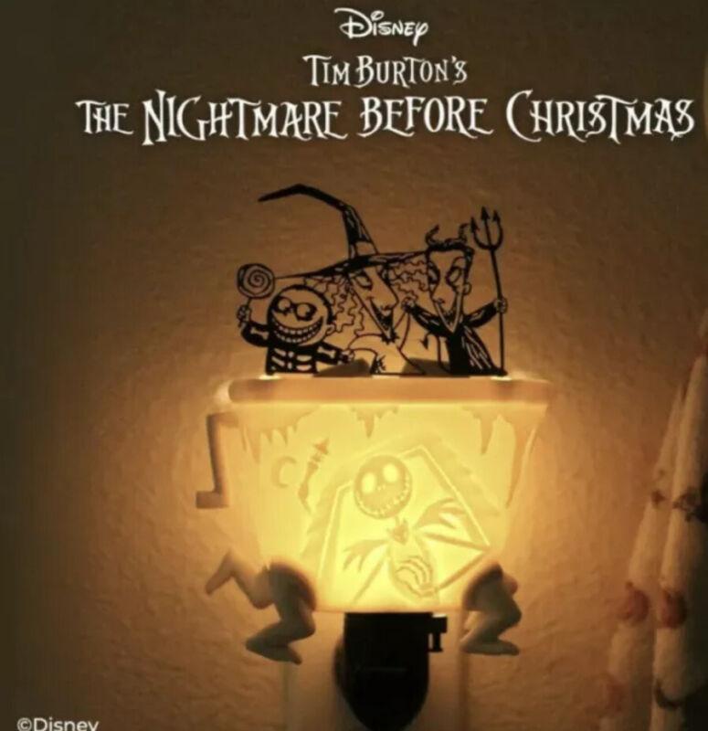 🔥💀🎃Scentsy Nightmare B4 Christmas Lock Shock & Barrel Mini Warmer