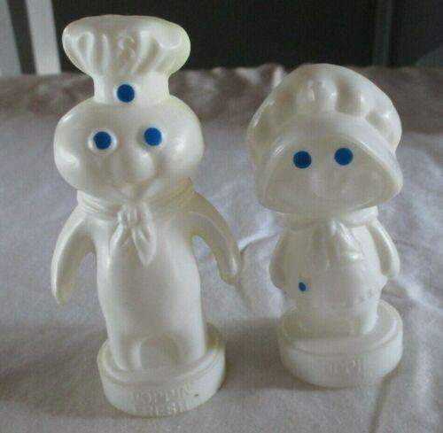 Vintage PILLSBURY Doughboy Poppin Fresh Poppie Plastic Salt Pepper Shakers 1974