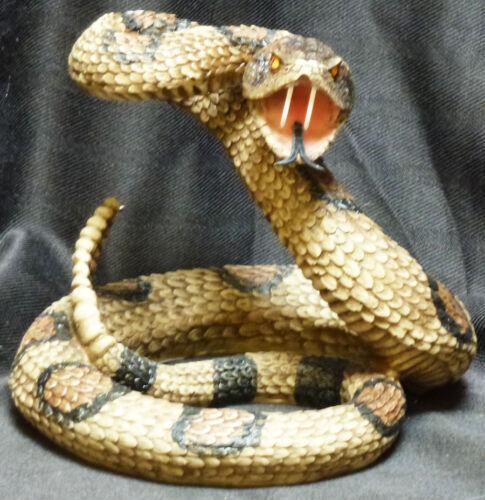 Snake Eyes  Rattlesnake snake Statue Figurine DWK Western