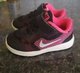 Nike girls trainers size C4.5