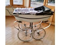 Beautiful Vintage Silver Cross White and Navy Pram