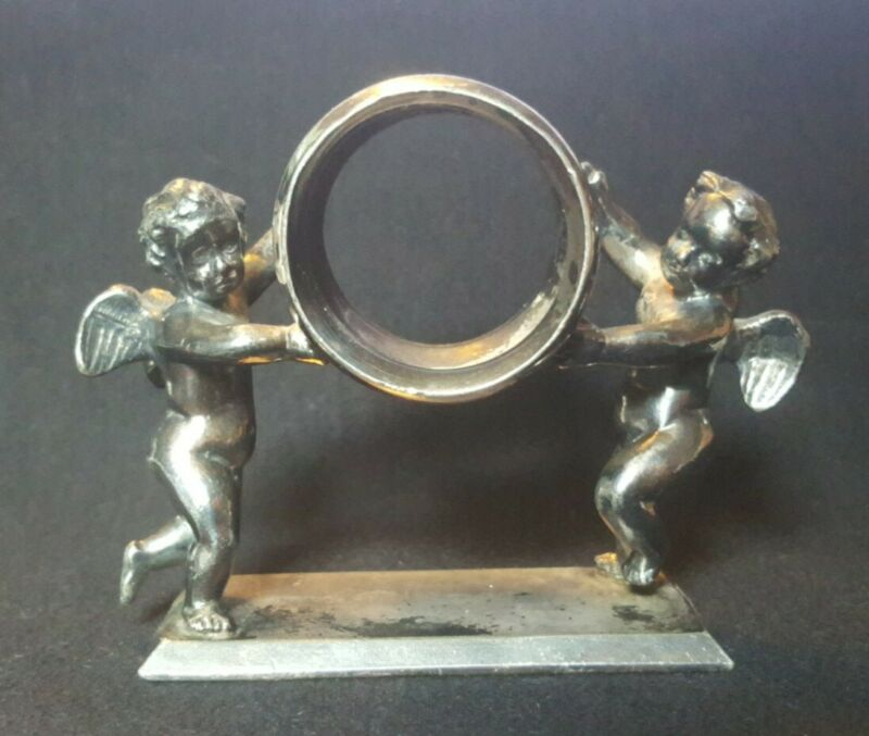 Antique Victorian Silver Plate Meriden Conn. #200 Winged Cherub Napkin Ring (AA1