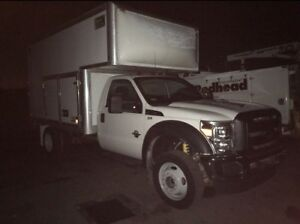 2013 FORD F550 4x4 DSL SERVICE TRUCK W/65,000KM LUBE AND WELDER
