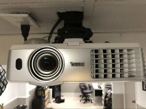 BenQ 1080p 1080ST projector with new bulb
