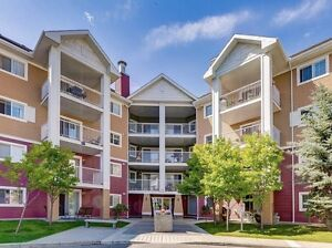 JUST LISTED!! 3rd Floor 2 Bed/2 Bath unit ONLY $218,900!!