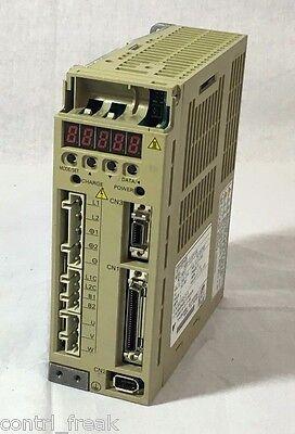 Yaskawa Electric Ac Servo Pack Servopack Sgdp-01apy100