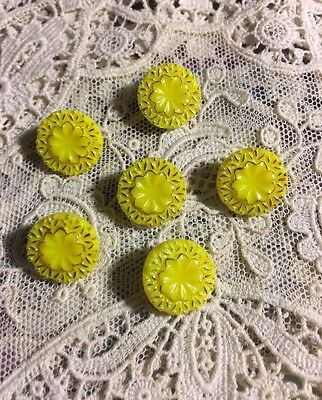 """Vintage 6 Yellow & Gold Glass 1/2""""  Buttons Button Lot 71"""