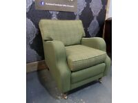 Stunning Immaculate Tweed Club Arm Chair Green Check - UK Delivery