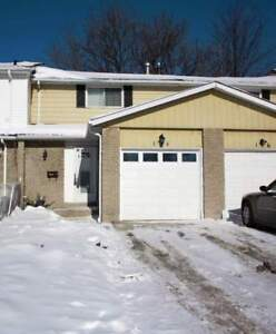 Room for Rent (Female Students ONLY) @ 184 Bedford Crescent