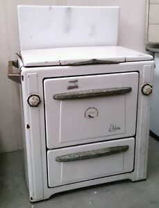 Eccezionale stufa a legna cucina economica anni 50 l for Cucina economica zoppas