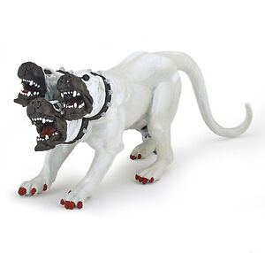 Papo 36012 White Cerberus Three Headed Dog Mythical Fantasy Model Toy 2016 - NIP