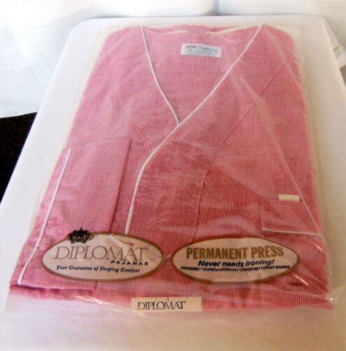 vintage Mens Diplomat Pajamas new in original bag size M..