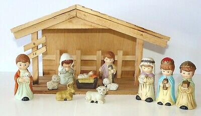 Christmas Nativity Set 11 Piece Porcelain Nativity Set with Wood Stable Creche