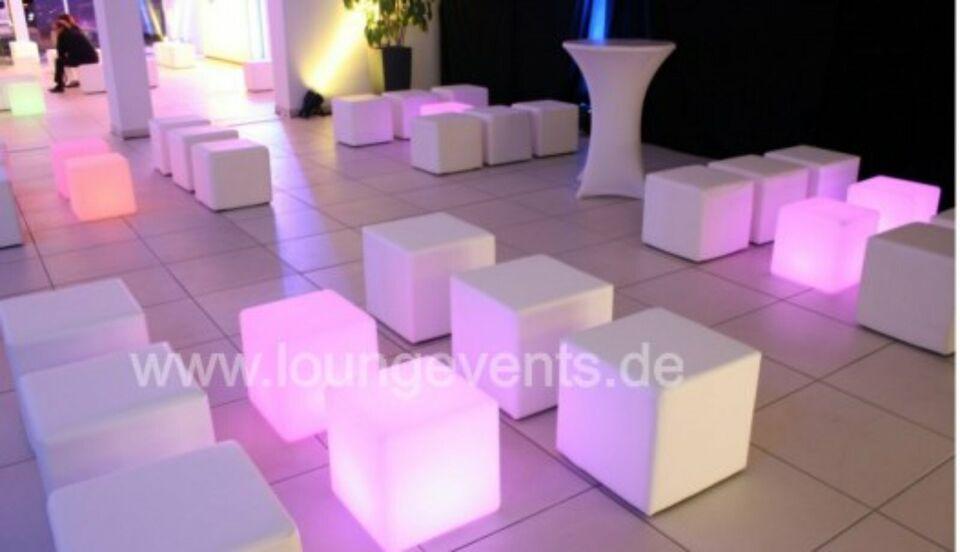 Sitzwürfel in weiß und grau 45 x 45 cm, Top Zustand in Nordrhein-Westfalen - Gütersloh