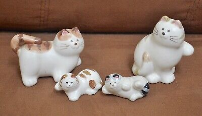 Pair of Round Faced Striped Takahashi Japan Ceramic Cats with Kittens (Round Faced Cats)