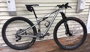 Specialized epic expert carbon 29 2014  Grandeur Small  Neuf