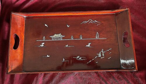 BEAUTIFUL Rare Korean Vintage Lacquered Serving Tray. Mother-of-Pearl Inlays.