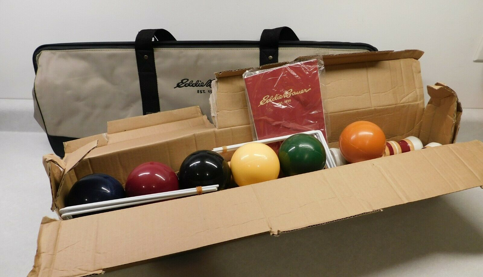 Eddie Bauer Croquet Set in Carrying Case, Complete family ya